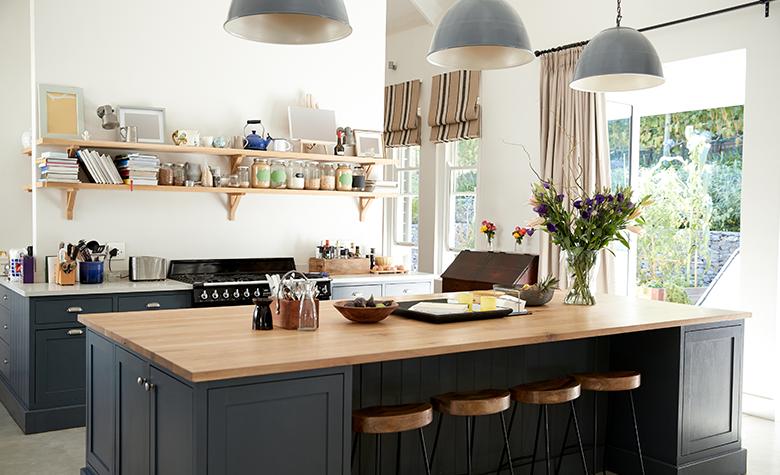 Vzpostavitev Kuhinje z Odprtim Prostorom - Prednosti in Slabosti